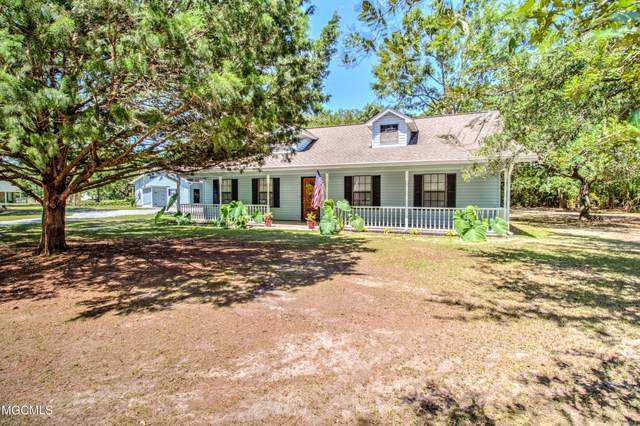 7901 Peabody Rd, Ocean Springs, MS 39564 (MLS #377007) :: Biloxi Coastal Homes