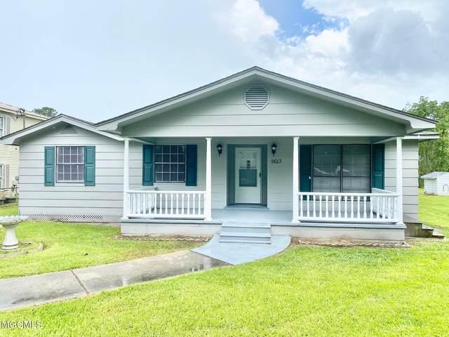 9613 Smith Ave, Ocean Springs, MS 39565 (MLS #377036) :: Keller Williams MS Gulf Coast