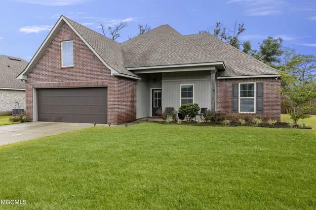 12839 Jackson Lee Dr, Ocean Springs, MS 39564 (MLS #377369) :: Biloxi Coastal Homes