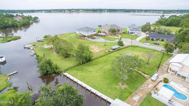 704 Holly Hills Dr, Biloxi, MS 39532 (MLS #377454) :: Biloxi Coastal Homes