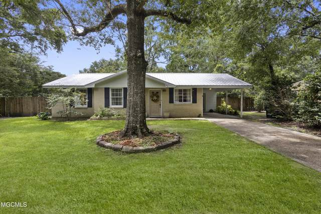 105 Pine Dr, Ocean Springs, MS 39564 (MLS #377464) :: Coastal Realty Group