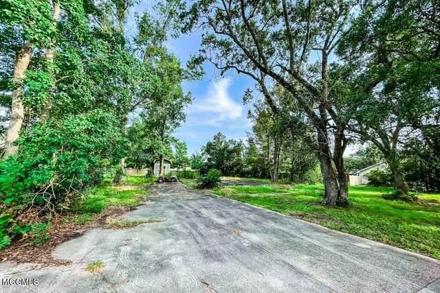 10420 Pin Oak Dr, Biloxi, MS 39532 (MLS #378628) :: Berkshire Hathaway HomeServices Shaw Properties