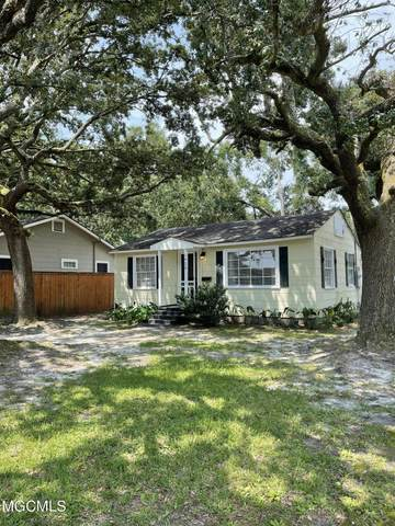 2425 Pine Ave, Gulfport, MS 39501 (MLS #378633) :: The Sherman Group