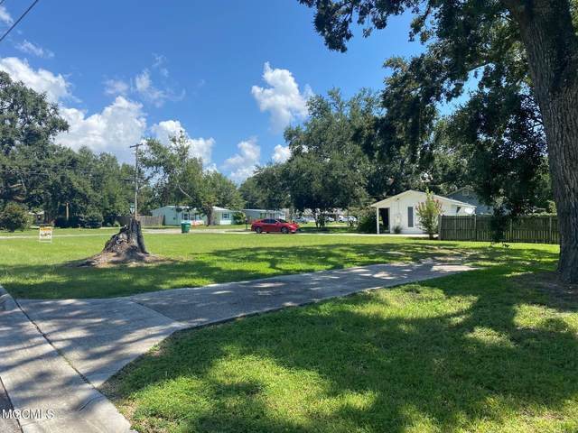 398 Southeast Ave, Gulfport, MS 39507 (MLS #379038) :: The Sherman Group