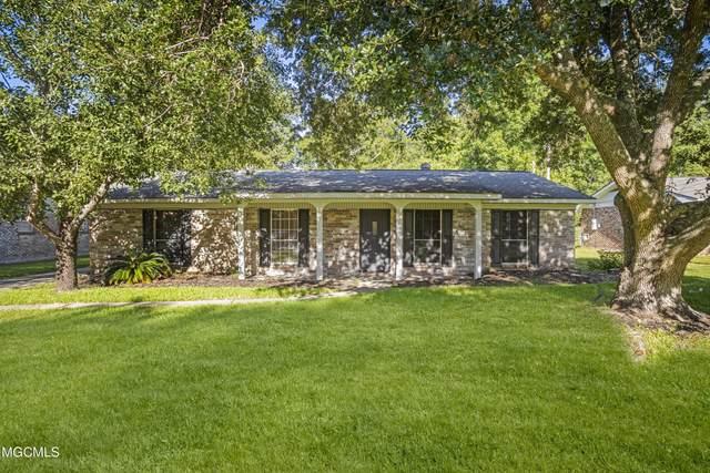 1801 Seacliffe Dr, Gautier, MS 39553 (MLS #379181) :: Biloxi Coastal Homes