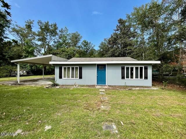 1521 Waveland Ave, Waveland, MS 39576 (MLS #379403) :: The Sherman Group