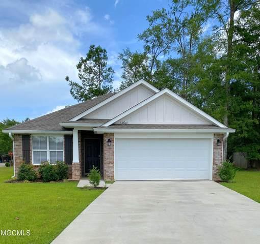 14001 Fox Hill Dr, Gulfport, MS 39503 (MLS #379719) :: Berkshire Hathaway HomeServices Shaw Properties