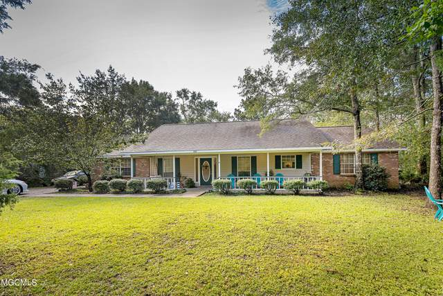 9329 Live Oak Ave, Ocean Springs, MS 39564 (MLS #380219) :: Berkshire Hathaway HomeServices Shaw Properties