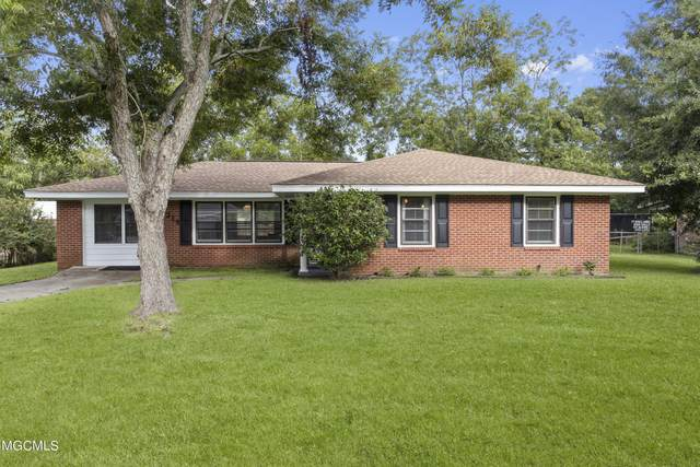 314 Pine Dr, Ocean Springs, MS 39564 (MLS #380278) :: Biloxi Coastal Homes