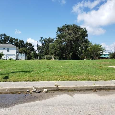145 Crawford St, Biloxi, MS 39530 (MLS #380279) :: Biloxi Coastal Homes