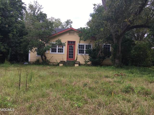 110 S Fifth St, Wiggins, MS 39577 (MLS #380472) :: The Sherman Group