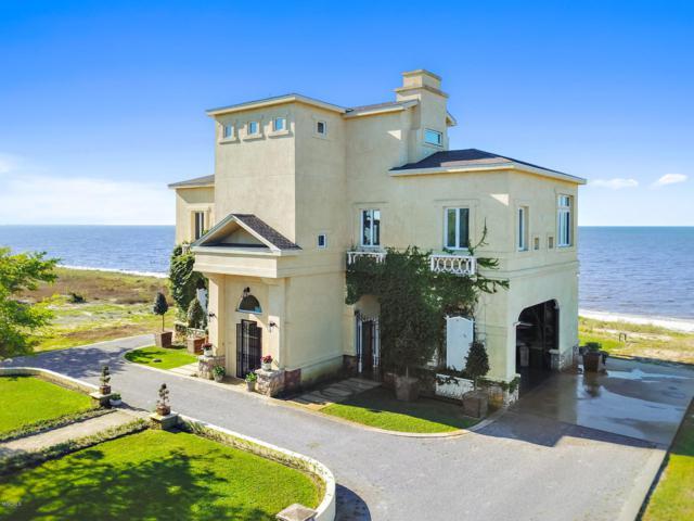 7709 Belle Fontaine Dr, Ocean Springs, MS 39564 (MLS #346895) :: Coastal Realty Group