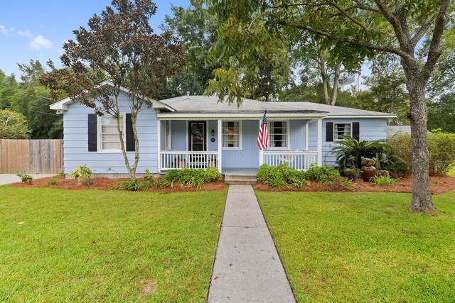 1901 Stuart Ave, Ocean Springs, MS 39564 (MLS #366404) :: Coastal Realty Group