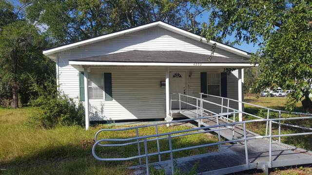 4202 11th St, Gulfport, MS 39501 (MLS #367755) :: Berkshire Hathaway HomeServices Shaw Properties
