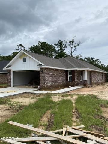 13704 Fox Hill Dr, Gulfport, MS 39503 (MLS #367787) :: Biloxi Coastal Homes