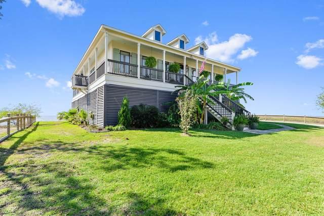 6619 Belle Fontaine Dr, Ocean Springs, MS 39564 (MLS #367795) :: Coastal Realty Group