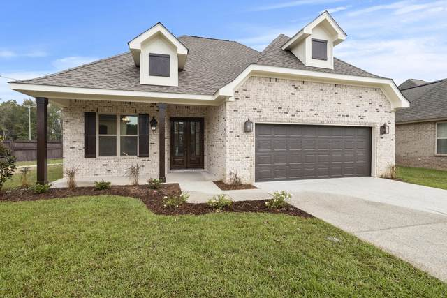 3940 Acadian Village Dr, Ocean Springs, MS 39564 (MLS #367877) :: The Demoran Group of Keller Williams