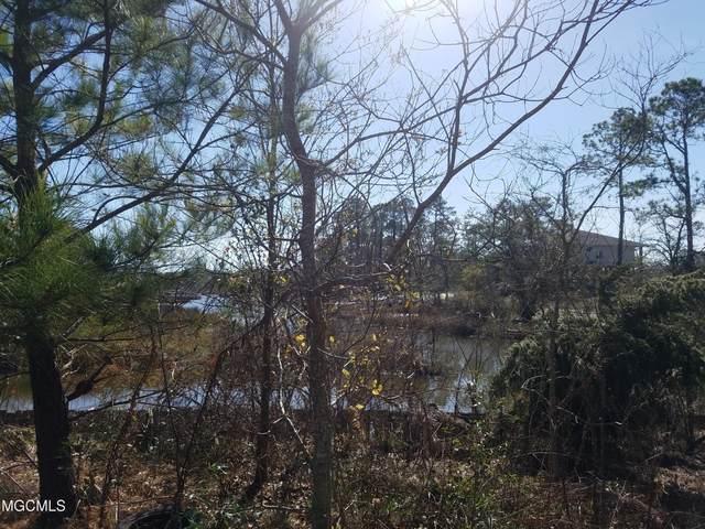 15925 Eaton Dr, Biloxi, MS 39532 (MLS #371291) :: Biloxi Coastal Homes