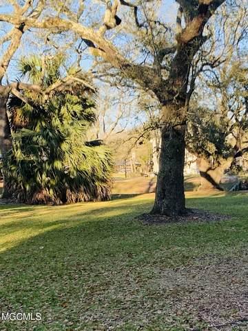 702 Martin St, Pascagoula, MS 39581 (MLS #372659) :: Biloxi Coastal Homes