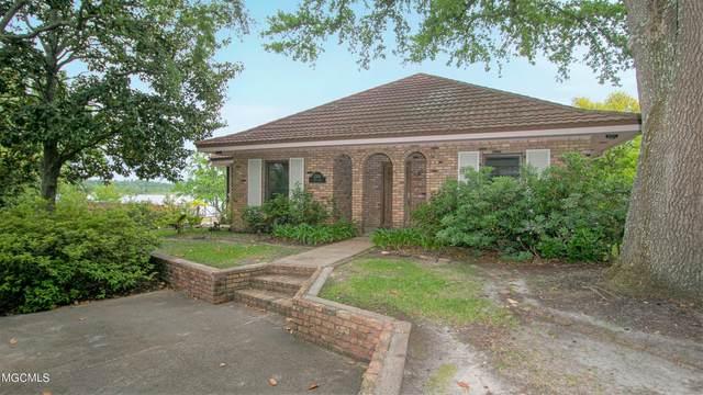 1304 Cove Ave, Ocean Springs, MS 39564 (MLS #374677) :: Berkshire Hathaway HomeServices Shaw Properties