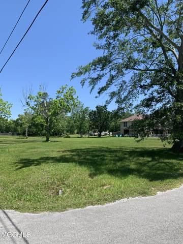 800 12th St, Pascagoula, MS 39567 (MLS #374729) :: Coastal Realty Group