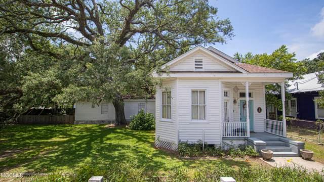 281 Seal Ave, Biloxi, MS 39530 (MLS #376126) :: Coastal Realty Group