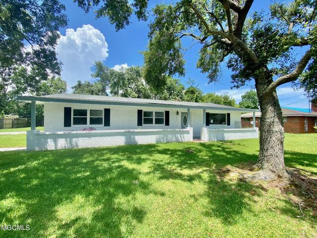 617 Highland Dr, Bay St. Louis, MS 39520 (MLS #376923) :: The Sherman Group