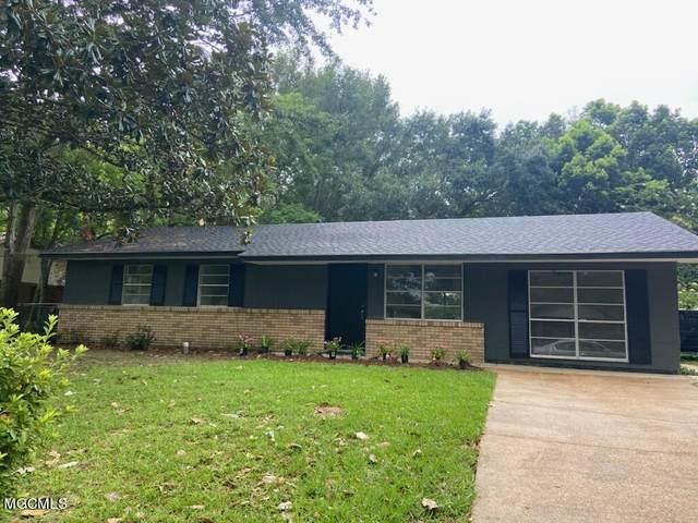 109 Beverly Dr, Ocean Springs, MS 39564 (MLS #377839) :: Biloxi Coastal Homes