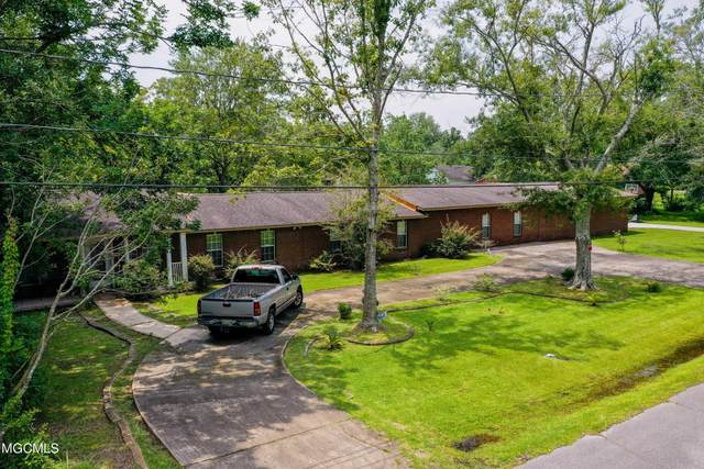 3518 Hemlock Ave, Moss Point, MS 39563 (MLS #378182) :: Biloxi Coastal Homes