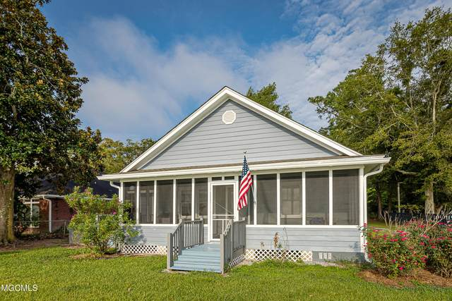 7600 Bluff Point Rd, Gautier, MS 39553 (MLS #378413) :: Coastal Realty Group