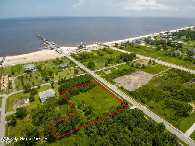210 Terrace Ave, Waveland, MS 39576 (MLS #337835) :: Coastal Realty Group