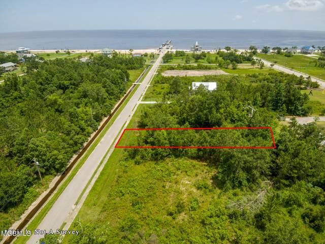 13 Terrace Ave, Waveland, MS 39576 (MLS #355995) :: Coastal Realty Group