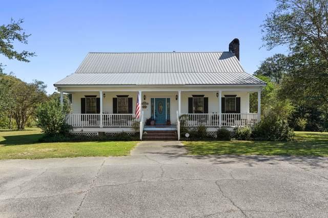 18088 Fairway View Drive Dr, Biloxi, MS 39532 (MLS #366997) :: Coastal Realty Group