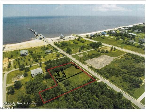 210 Terrace Ave, Waveland, MS 39576 (MLS #337838) :: Coastal Realty Group