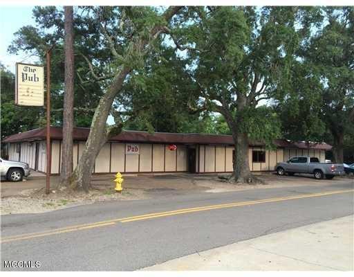 2061 Pass Rd, Biloxi, MS 39531 (MLS #314323) :: Amanda & Associates at Coastal Realty Group