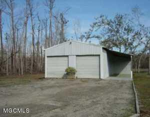3122 Longfellow Rd - Photo 1