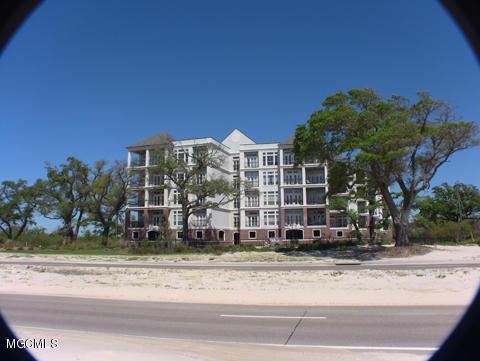 1100 W Beach Blvd #411, Pass Christian, MS 39571 (MLS #321398) :: Amanda & Associates at Coastal Realty Group