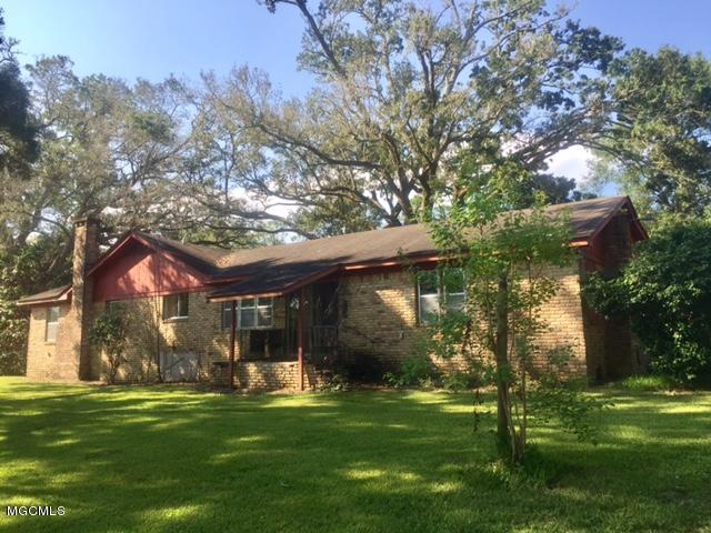 2530 Bayou Oaks St, Gautier, MS 39553 (MLS #322925) :: Amanda & Associates at Coastal Realty Group