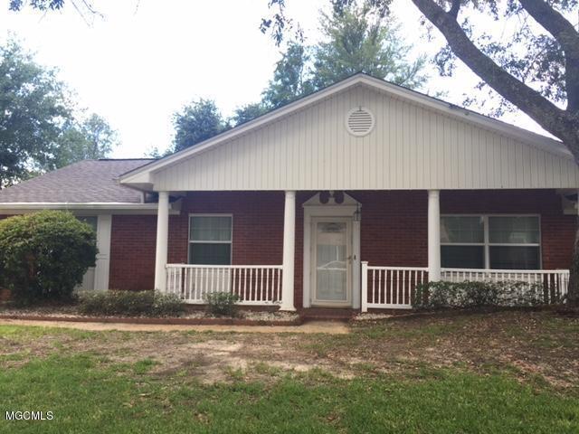 2510 Palmer Dr, Gulfport, MS 39507 (MLS #322941) :: Amanda & Associates at Coastal Realty Group