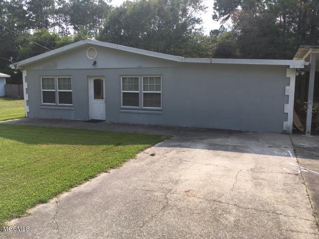 8127 Harrison St, Bay St. Louis, MS 39520 (MLS #325183) :: Amanda & Associates at Coastal Realty Group