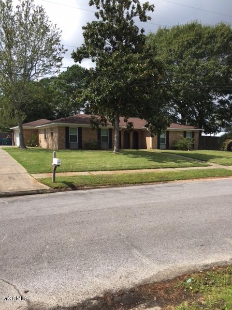 1713 Woodhaven St, Pascagoula, MS 39581 (MLS #325352) :: Amanda & Associates at Coastal Realty Group