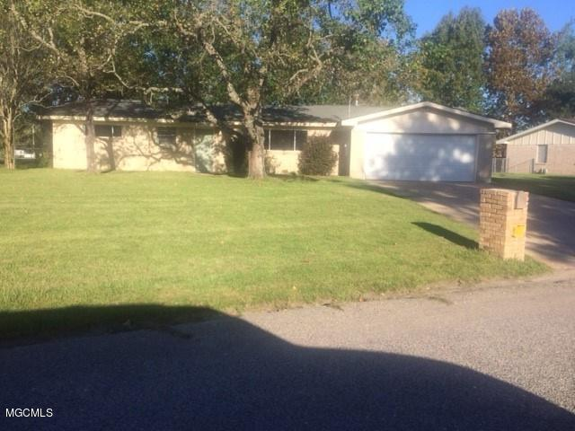 101 Hemlock Dr, D'iberville, MS 39540 (MLS #325851) :: Amanda & Associates at Coastal Realty Group