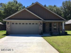 10584 Roundhill Dr, Gulfport, MS 39503 (MLS #326087) :: Amanda & Associates at Coastal Realty Group