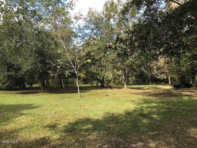 0 Heron Park Pl Lot B10-11, Ocean Springs, MS 39564 (MLS #326268) :: Amanda & Associates at Coastal Realty Group
