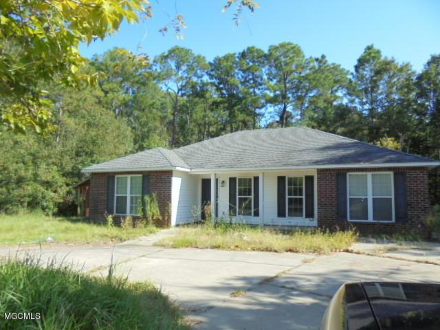 6850 Old Fort Bayou Rd, Ocean Springs, MS 39564 (MLS #326300) :: Amanda & Associates at Coastal Realty Group