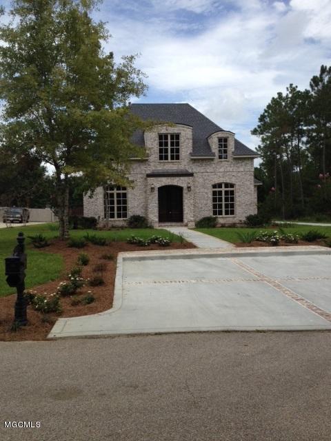 13134 Lake Florence Rd, Gulfport, MS 39503 (MLS #327309) :: Amanda & Associates at Coastal Realty Group