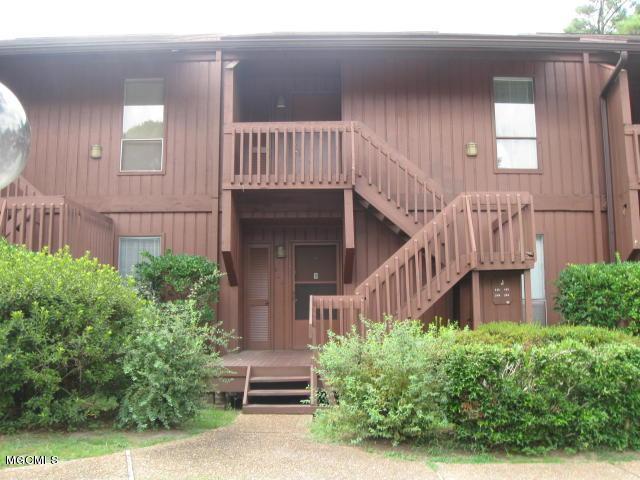 146 Lakeside Villla J, Diamondhead, MS 39525 (MLS #327958) :: Amanda & Associates at Coastal Realty Group