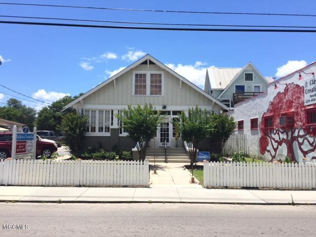 216 Main St, Bay St. Louis, MS 39520 (MLS #329050) :: Amanda & Associates at Coastal Realty Group