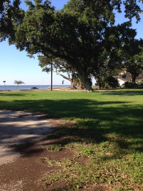 858 E Beach Blvd, Long Beach, MS 39560 (MLS #329634) :: Ashley Endris, Rockin the MS Gulf Coast