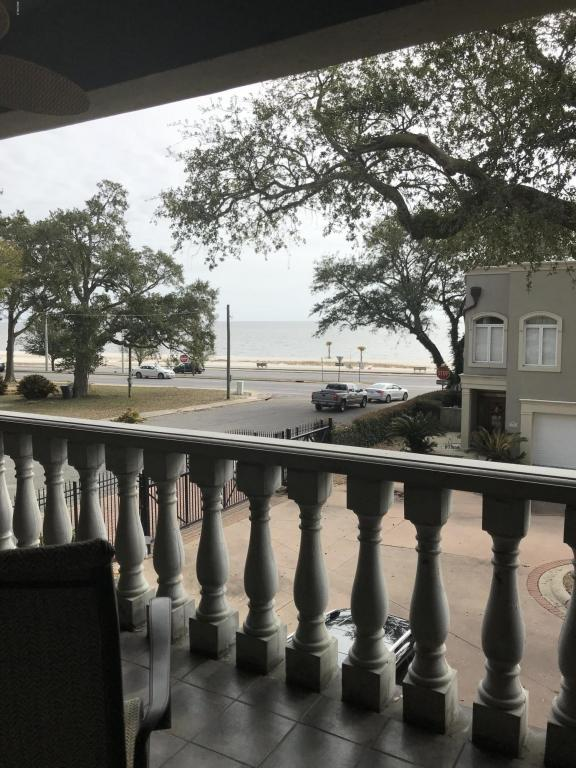 1478 E Beach Blvd J, Biloxi, MS 39530 (MLS #331913) :: Amanda & Associates at Coastal Realty Group